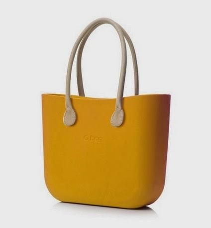 Non é una esagerazione dire che 1 donna su 3 va in giro con queste O bag  che sono difficilissime da abbinare per qualcuno che ha uno stile un po ... cea2893bb4a