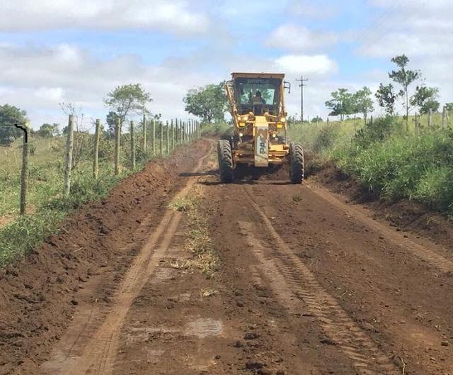 Prefeito de Barra do CHoça investe em infraestrutura