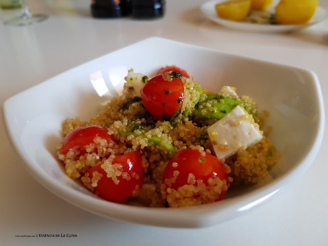 Amanida de Quinoa, Ensalada de Quinoa, recepta saludable, receta saludable, receta facil, recepta facil, cuina vegetariana, l'essencia de la cuina, blogdecuinadelasonia