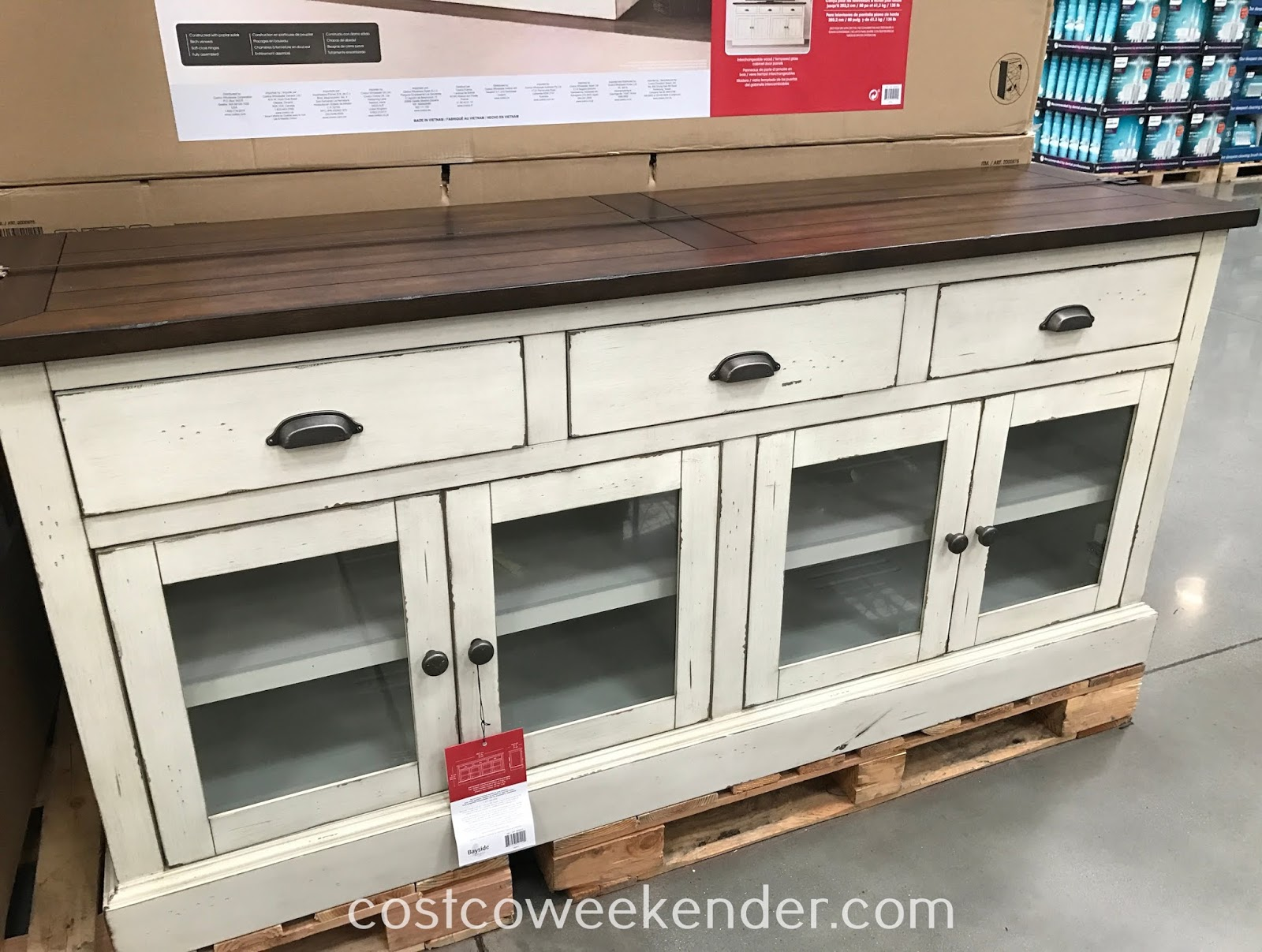 Get the Bayside Furnishings Accent Cabinet for your home entertainment system