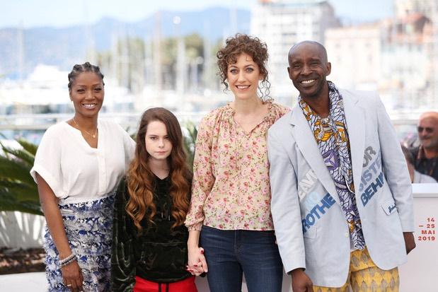 "Annie Silverstein remporte le grand prix du festival de Deauville avec ""Bull"""