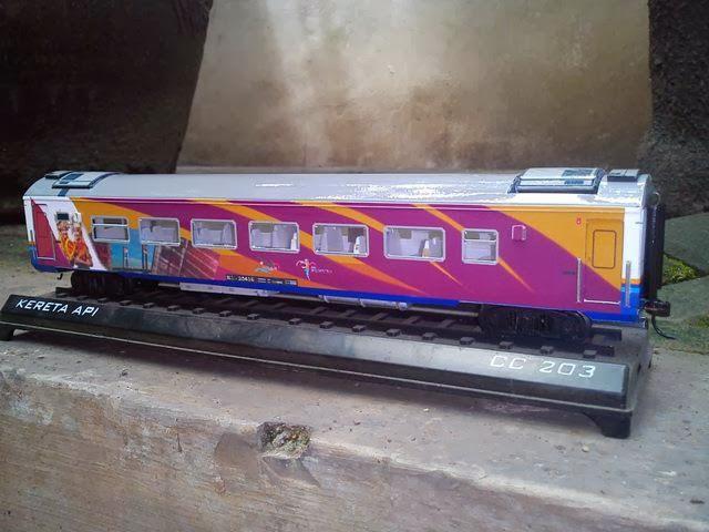 Kereta Api Indonesia: Membuat Gerbong Kereta Api Miniatur ...