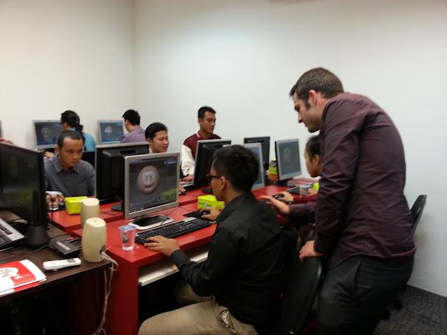 Sekolah Digital Marketing International Design School