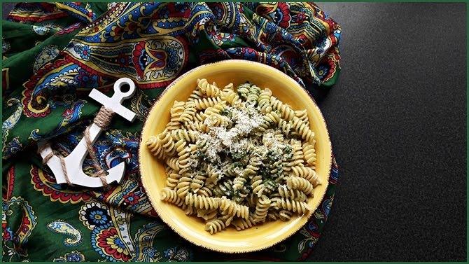 Rezepte everydayfood 7 Gerichte Nudeln Pesto Salat Brot Joghurt Pulao Nuss Shortbread Kartoffelwedges