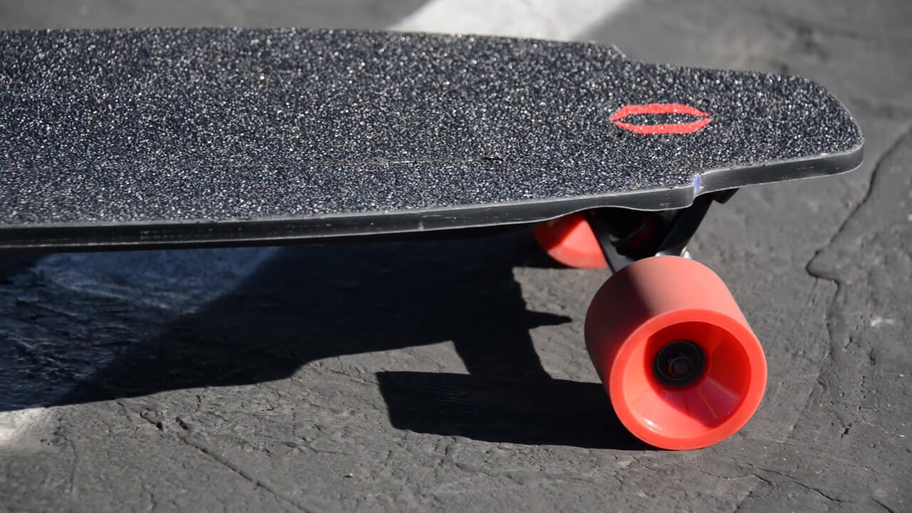 Inboard Electric Skateboard