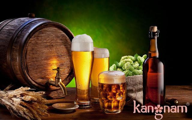 Thức uống có cồn gây hại cho da