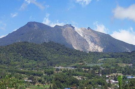 tempat wisata di medan yang romantis-wisata medan-wisata gunung sibayak di medan-objek wisata gunung sibayak