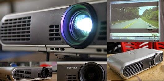 harga proyektor bekas toshiba tlp-s40