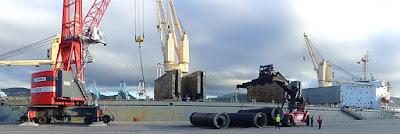 شركة بميناء طنجة المتوسط توظيف 51 منصب لتحميل و تفريغ السفن بالبكالوريا او دبلوم التاهيل المهني مع رخصة السياقة B بعقد عمل دائم  Manutention%2Bportuaire%2Brecrutement%2BLASHERS%2Btanger%2B%25281%2529