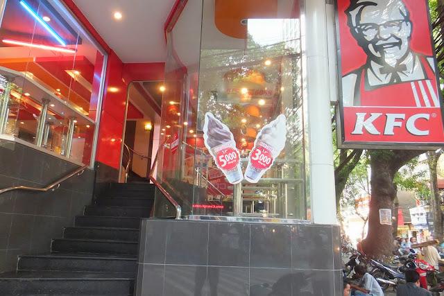 kentucky-fried-chicken-vietnam ベトナムのKFC