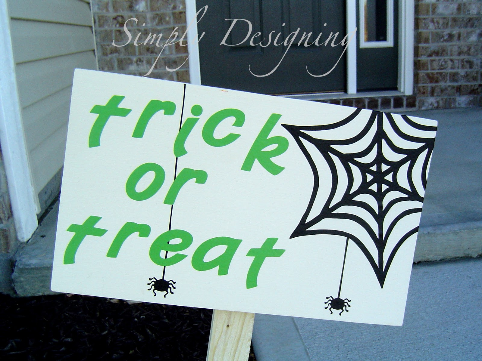 Wooden halloween yard decorations - Knock Off Pottery Barn Halloween Yard Signs Knockoff Halloween Holidays Diy