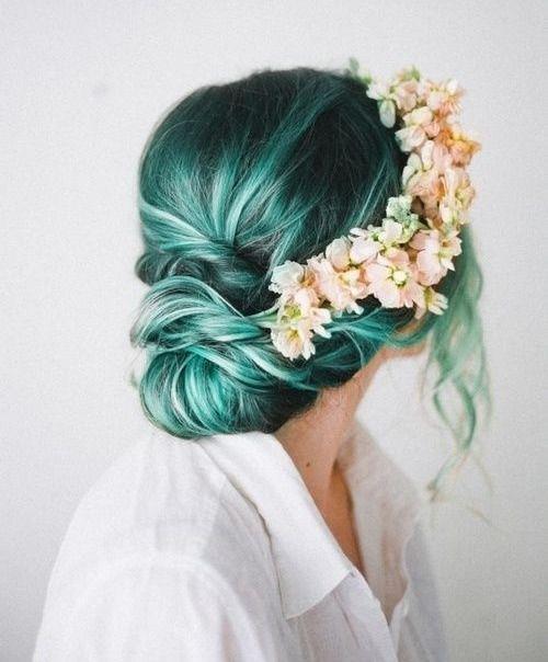 El verde combina perfecto con las flores