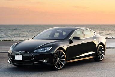 SpaceX Boss Elon Musk Unveils New Dragon V2 Spaceship ...