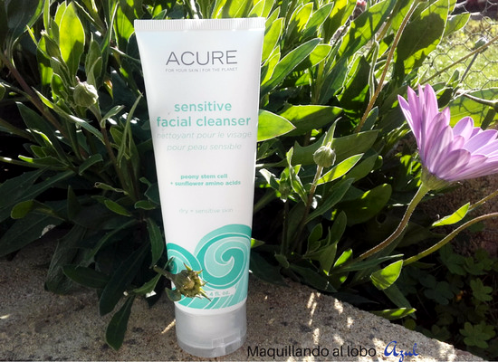 Limpiador facial Sensitive facial cleanser de Acure Organics