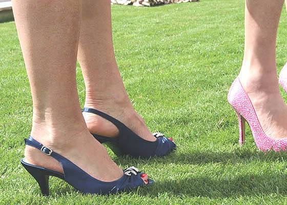 Selalu perhitungkan kapan dan dimana memakai high heels