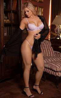 hot mature - Laura%2BAlexis-S01-008.jpg