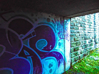 "<img src=""Tunnel 3"" alt="" derelictmanchester.blogspot.com/p/dowry-tunnel-nr-denhsaw.html"" />"