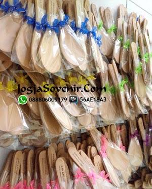 Souvenir Centong Kayu Putih Uk Standard