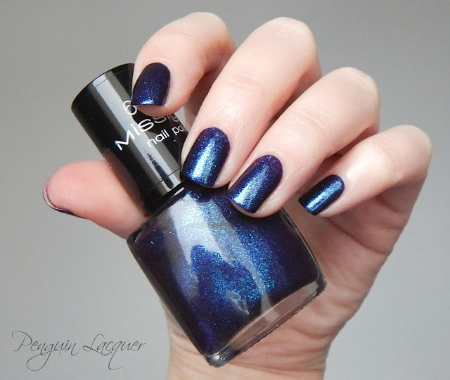 misslyn galaxy nails atmosphere