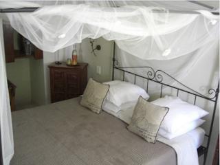 Bastide aux Camelias - Chambre Carambole. Beautiful hotel near Eze