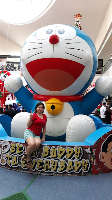 The largest inflatable Doraemon at 16 ft!