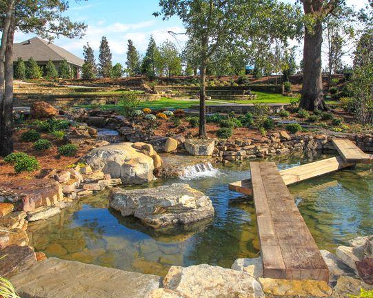 Il giardino delle naiadi ponti e passerelle for Pesci per laghetti esterni