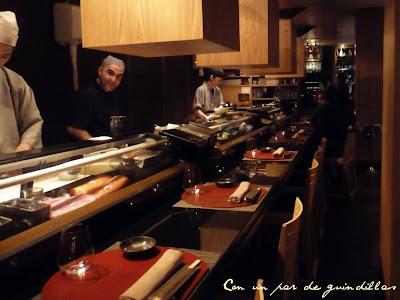 Miyama-san-barra-sushi