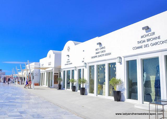 shops in Oia