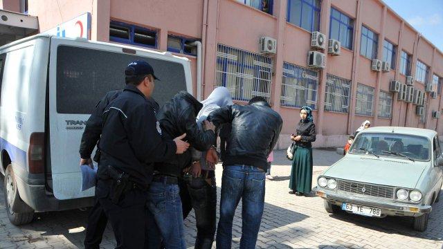Organize suç çetesi suçüstü yakalandı
