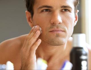 PERAWATAN KULIT UNTUK PRIA Trik Mencegah Pori-pori Wajah Membesar