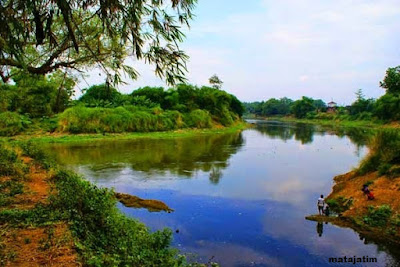 pesona keindahan sungai bengawan solo