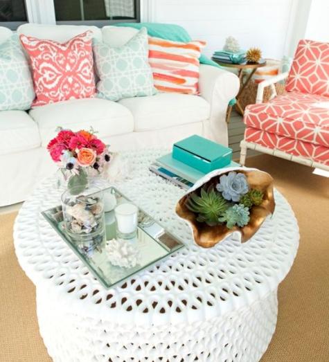 outdoor coffee table decor