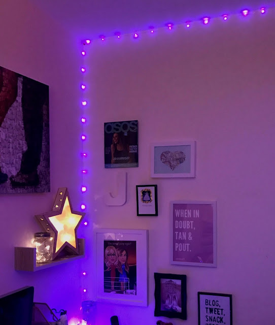 uses-for-fairy-lights-festive-lights-corner-wall-art