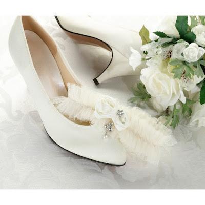 kremowa tiulowa podwiązka ślubna allegro de Soie stylowe dodatki panny młodej 2016