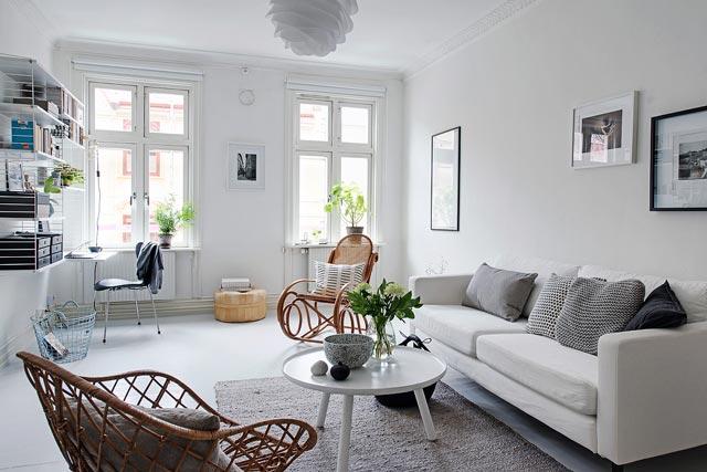 Una vivienda decorada en color blanco