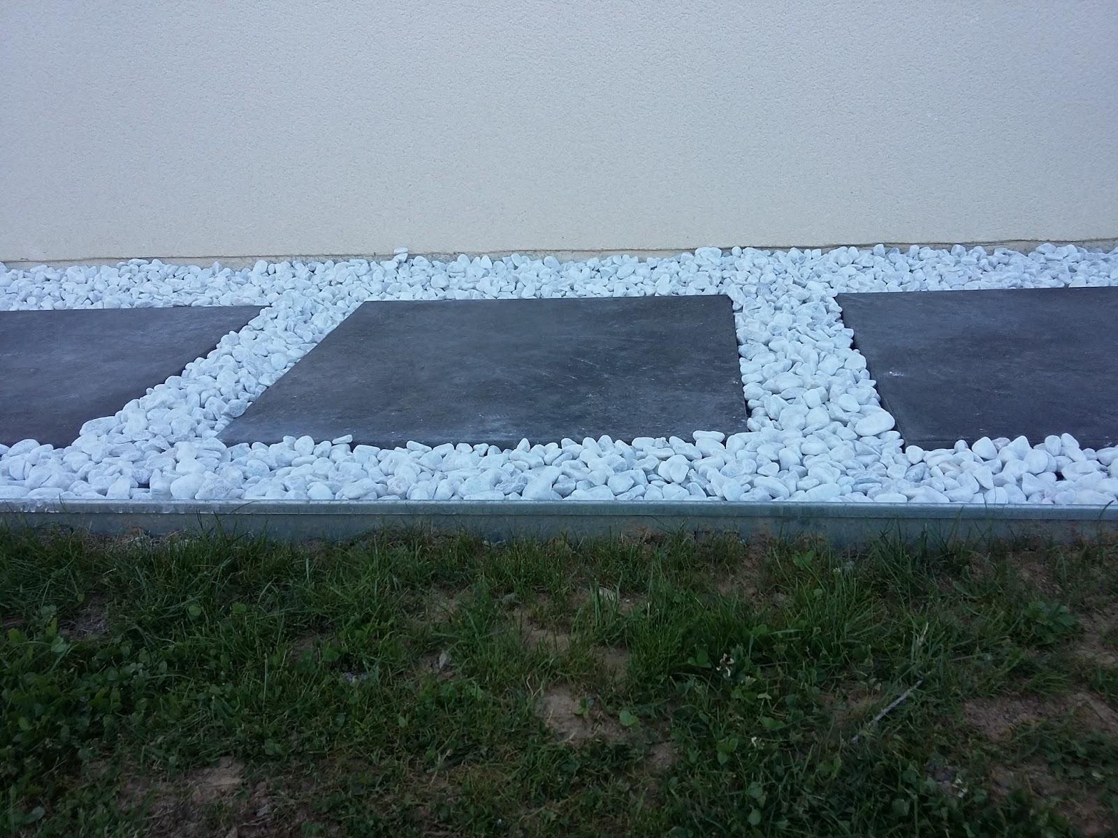 Bricolage de l 39 id e la r alisation all e dalle et galet blanc - Dalle galet exterieur ...