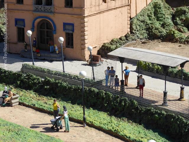 Parada Tramvía Blau -  Catalunya en Miniatura - Catalonia Miniature