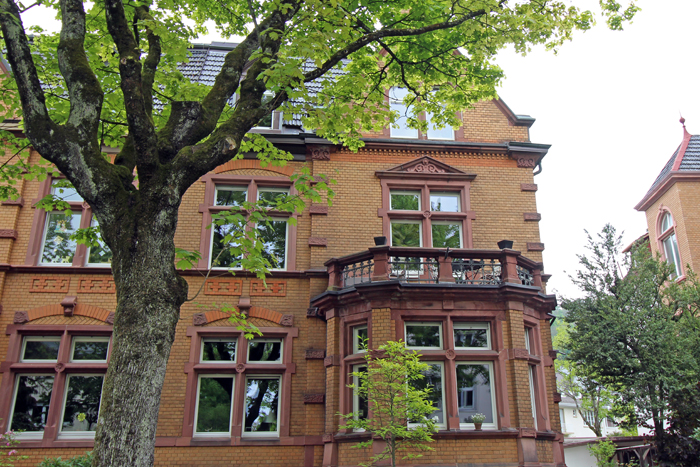 Altes Gebäude in Freiburgs Stadtteil Herdern