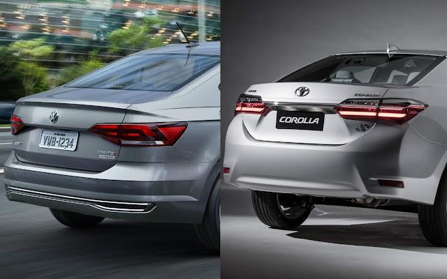 Toyota Corolla x Volkswagen Virtus - traseira