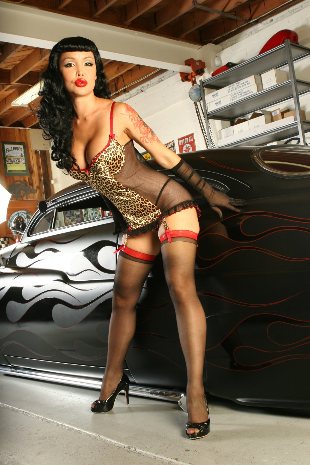 pin up on a the line begins to blur hot pinup rods