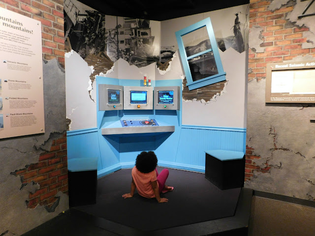Cleveland Museum of Natural History #CMNH100 | Earthquake!