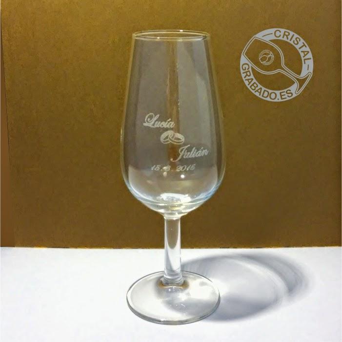 Copas y vasos de cristal grabado for Vasos chupito personalizados