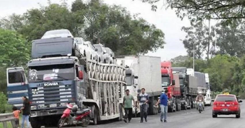 Transportistas de carga acatarán huelga general desde este martes 24 de abril en la macrorregión norte