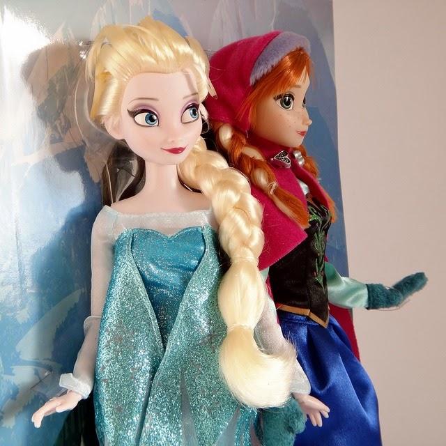 Muñecas de Elsa y Anna (Frozen)