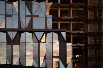 fachada de edificio sin contenido