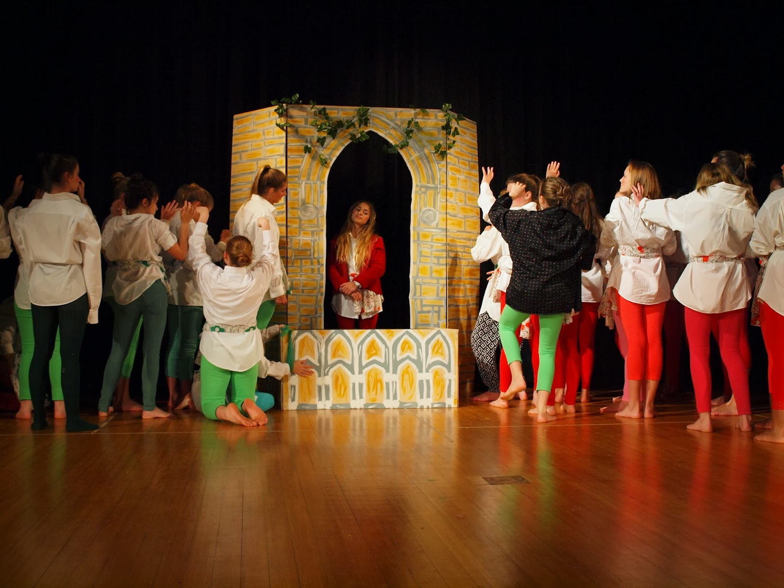 Romeo And Juliet At Herschel Preparatory Used The Helen