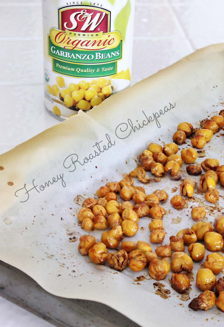 These delicious Honey Roasted Chickpeas can be made in a single pan with just 4 ingredients and are vegetarian! #SWBeans #IC #AD