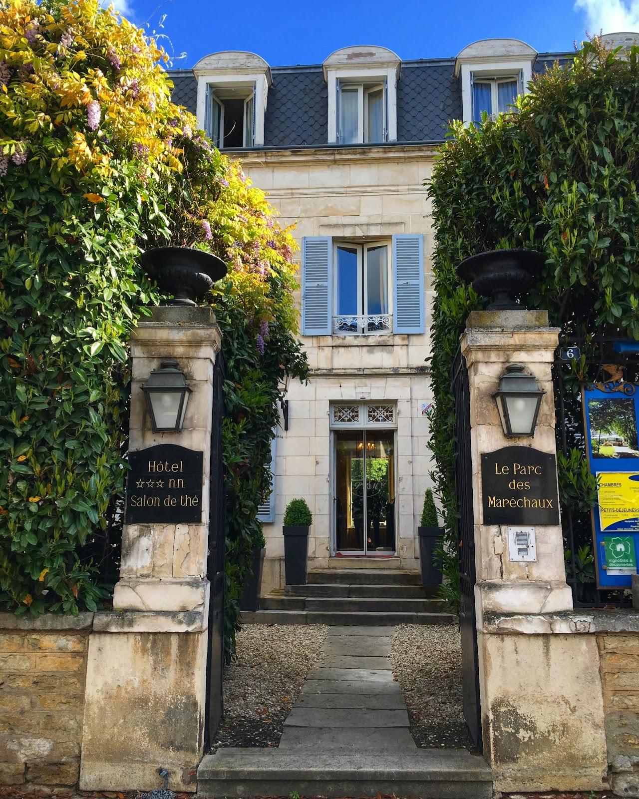hotel le parc des marechaux auxerre france travel adventure
