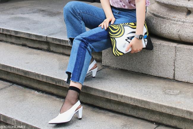 Japanese Fashion Blogger,Mizuho K,20170514,OOTD,ChicMe-Pink velvet T-shirt,Rosegal-Blue line jeans,SheIn-Black mesh socks,GU-White V-cut sandals,Harajukuii-Comic clutch bag,Casio-Watch,Casual chic