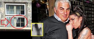 FANTASMA de Amy Winehouse regresa del mundo de los muertos y  visita cada noche a su padre #Katecon2006